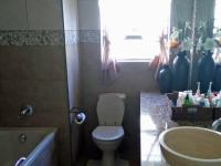 Bathroom 1 - 11 square meters of property in Wilderness