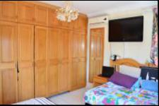 Main Bedroom - 22 square meters of property in Hilton