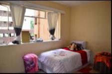 Bed Room 1 - 14 square meters of property in Durban Central