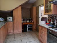Kitchen - 13 square meters of property in Wingate Park