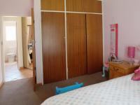 Bed Room 2 - 10 square meters of property in Elarduspark