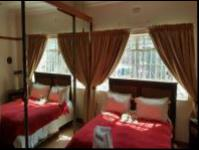 Bed Room 2 - 16 square meters of property in Kensington - JHB