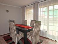 Dining Room - 19 square meters of property in Dawn Park
