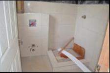 Bathroom 3+ - 4 square meters of property in Mount Edgecombe
