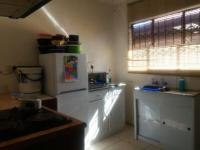 Kitchen of property in Lakeside