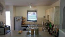 Kitchen - 13 square meters of property in Fourways