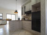 Kitchen - 12 square meters of property in The Wilds Estate