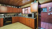 Kitchen - 20 square meters of property in Pumulani AH