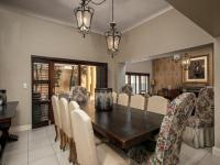 Dining Room of property in Sandown