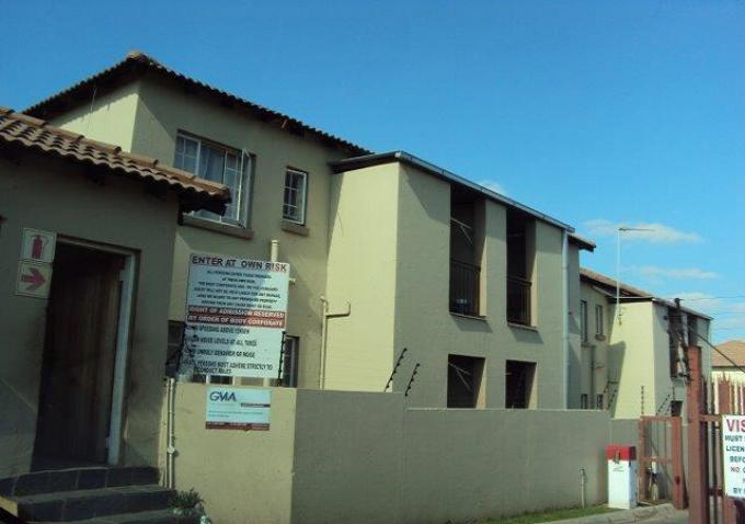 Standard Bank Repossessed 2 Bedroom Sectional Title for Sale on online auction in Elspark - MR157124