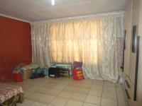 Main Bedroom - 18 square meters of property in Vosloorus