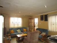 Lounges - 26 square meters of property in Ennerdale