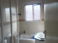 Bathroom 1 - 6 square meters of property in Sagewood