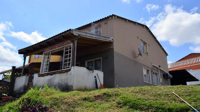 Standard Bank EasySell 2 Bedroom Cluster for Sale For Sale in Newlands East - MR157897