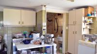 Kitchen - 16 square meters of property in Newlands East