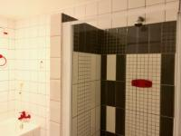 Main Bathroom - 7 square meters of property in Moffat View