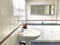 Bathroom 2 - 8 square meters of property in Moffat View