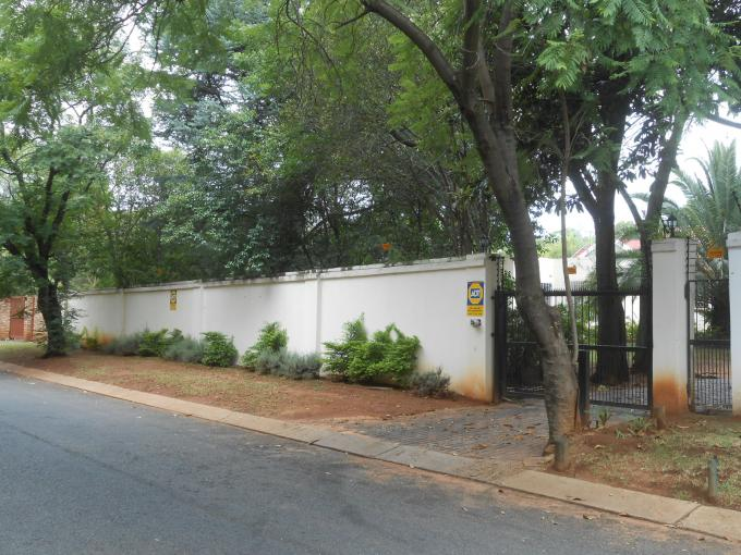 Standard Bank EasySell 4 Bedroom House for Sale For Sale in Kleve Hill Park - MR158044