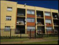 1 Bedroom 1 Bathroom Flat/Apartment for Sale for sale in Kenilworth - JHB