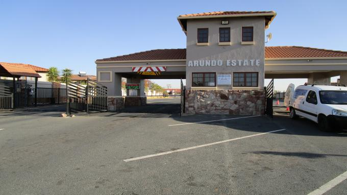 Standard Bank EasySell 3 Bedroom Sectional Title for Sale For Sale in The Reeds - MR158509