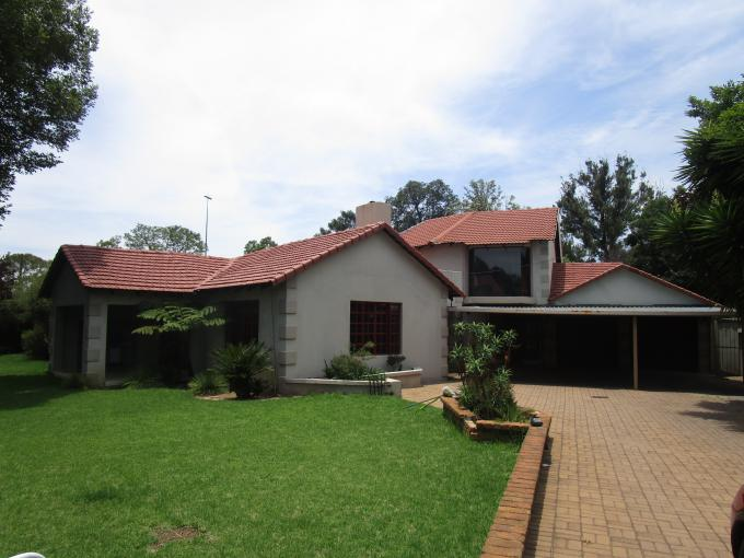 Standard Bank EasySell House for Sale For Sale in Benoni - MR158513