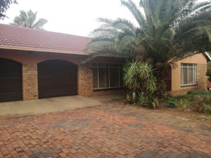 Standard Bank EasySell 3 Bedroom House for Sale For Sale in Klerksdorp - MR158561