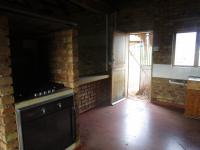 Kitchen - 21 square meters of property in Vaalmarina