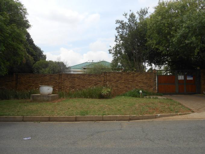 Standard Bank EasySell 3 Bedroom House for Sale For Sale in Horison View - MR158803