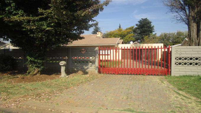 Standard Bank EasySell 3 Bedroom House for Sale in Arcon Park - MR158939