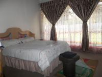 Bed Room 1 of property in Arcon Park