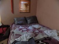 Bed Room 3 - 26 square meters of property in Bezuidenhout Valley