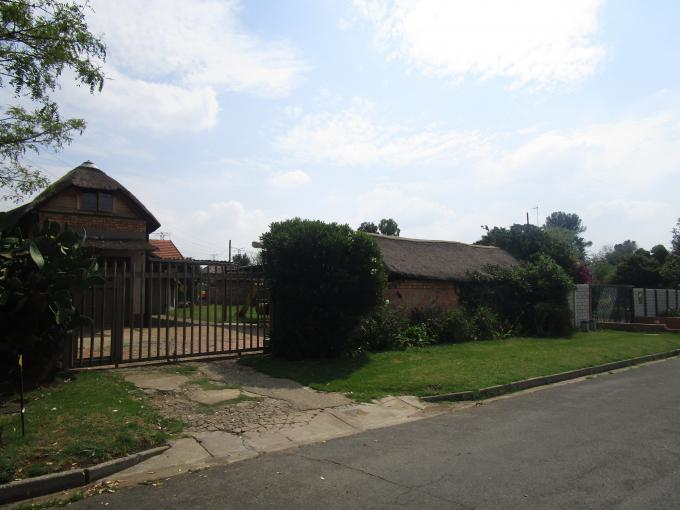 Standard Bank EasySell 3 Bedroom House for Sale For Sale in Illiondale - MR159160