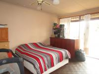 Main Bedroom - 21 square meters of property in Illiondale