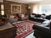 Lounges - 22 square meters of property in Waterkloof Glen