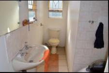 Bathroom 1 - 4 square meters of property in Pietermaritzburg (KZN)