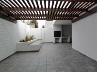 Patio - 140 square meters of property in Waterkloof Glen