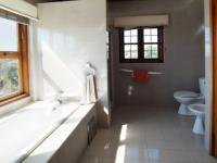 Main Bathroom of property in Waterkloof Ridge