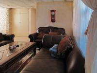 Lounges - 81 square meters of property in Waterkloof Glen