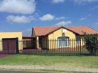 3 Bedroom 2 Bathroom House for Sale for sale in Kinross