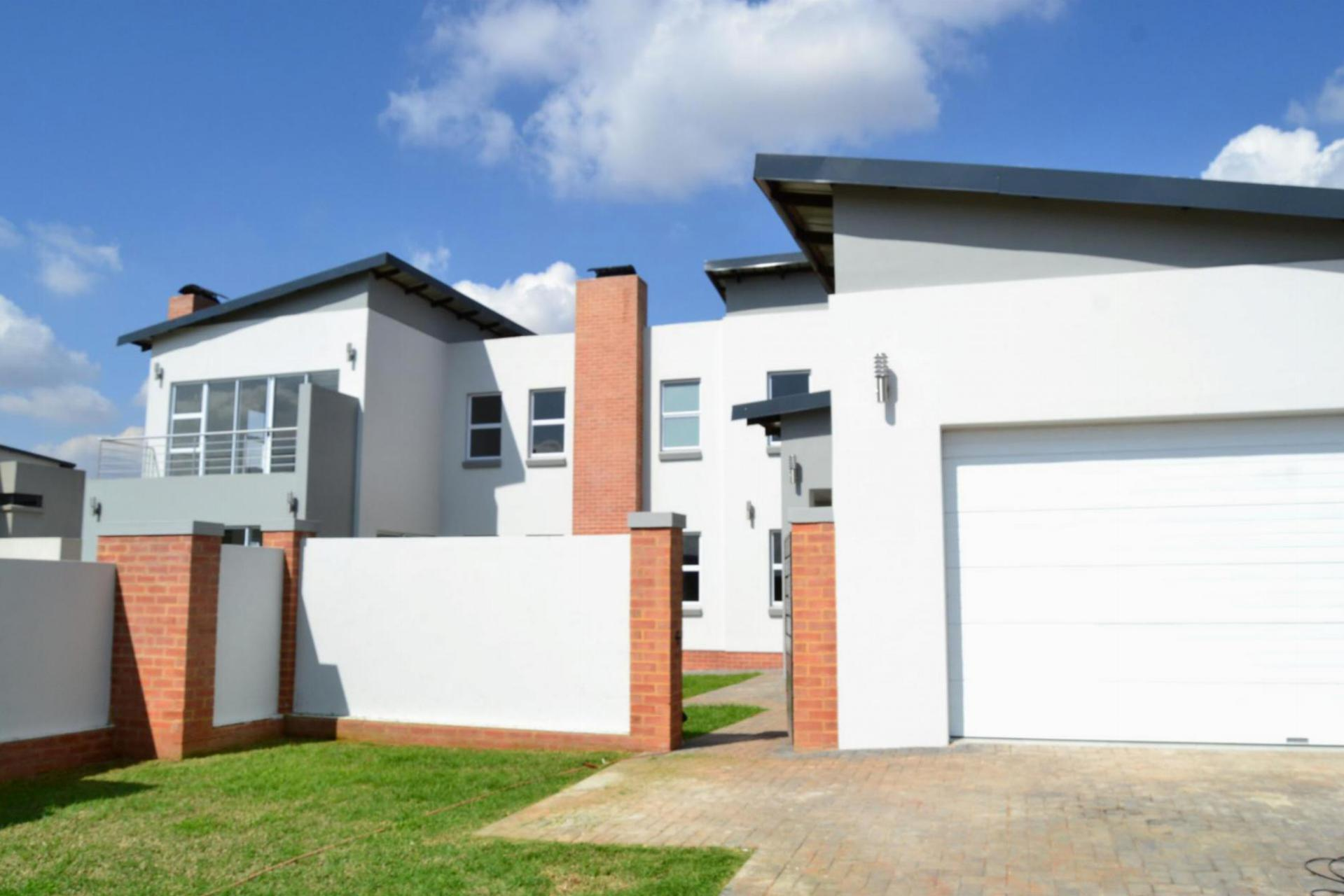 Front View of property in Midstream Estate