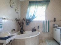 Main Bathroom - 9 square meters of property in The Wilds Estate
