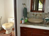 Main Bathroom - 19 square meters of property in Sable Hills