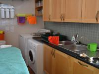 Scullery - 12 square meters of property in Sable Hills