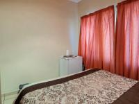 Bed Room 1 - 15 square meters of property in Bronkhorstspruit