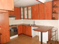Main Bathroom - 5 square meters of property in Weltevreden Park