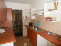 Kitchen - 30 square meters of property in Weltevreden Park