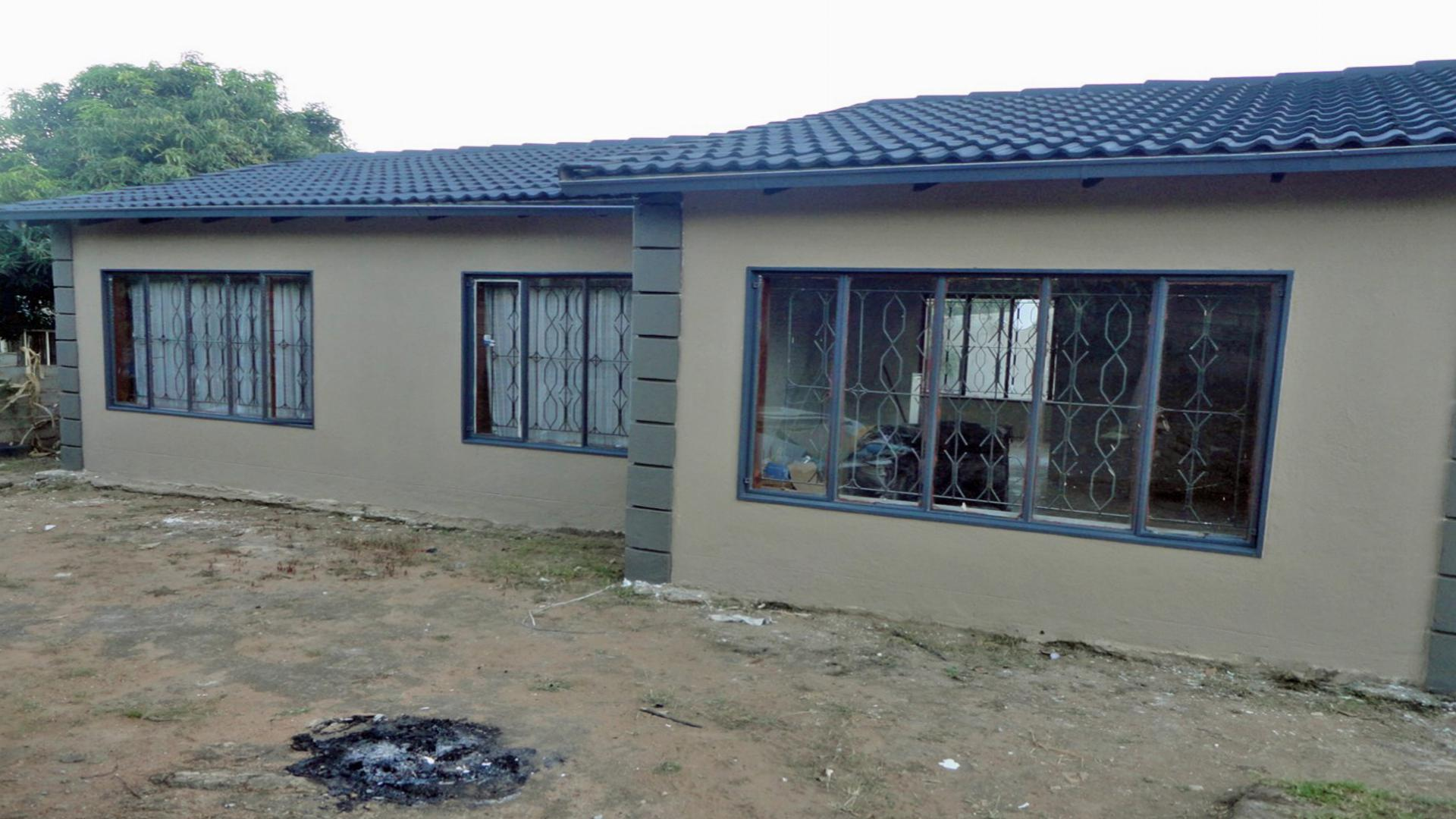 Front View of property in Matsulu