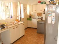 Kitchen - 16 square meters of property in Clubview