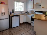 Kitchen - 8 square meters of property in Erasmuskloof