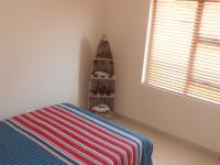 Bed Room 2 - 15 square meters of property in Cashan